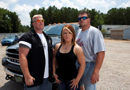 Lick Life - ron shirley, ron, repo, lizard lick, photography, lizard, towing, bobby brantley, tow truck, shirley, country, tv, brantely, bobby, series, amy shirley, awesome, photoshop, recovery, ron and amy shirley