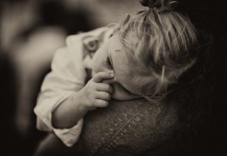 TENDERNESS ... - bw, tired, tenderness, photography, child, cute, portrait, emotions, little girl