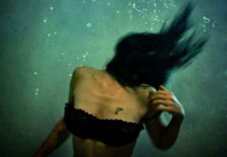 ? - water, wall, underwater, black, dark, fantasy, tattoo, image, picture, body, pic, woman, wallpaper, hair, brunette