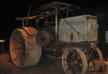 1912 old tractor at the museum - tractor, iron, wheels, water tank