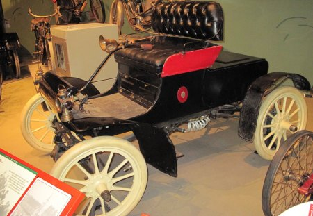 1902 Cadillac at the museum - wood, wheels, black, cadillac, red, yellow