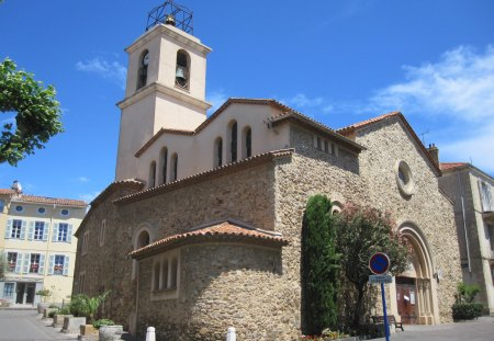 Church in St. Maxime France - religious, france, church, ancient