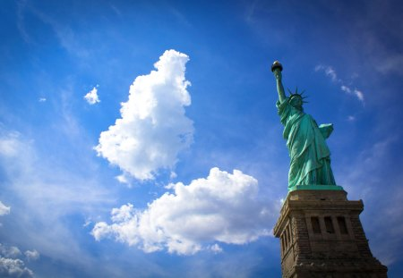 Miss Liberty - architecture, pretty, wonderful, stunning, new york, marvellous, beautiful, adorable, clouds, picture, liberty, nice, statue, outstanding, wallpaper, super, miss liberty, amazing, cloud, fantastic, freedom, sky, manhattan, usa, skyphoenixx1, awesome, sunshine, great