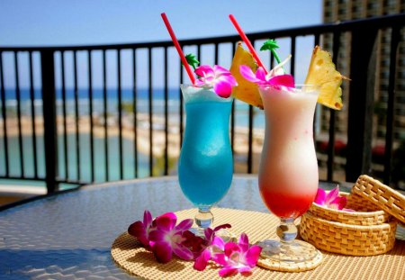 SUMMER COCKTAIL - flowers, two, cocktail, drinks, beach, decoration