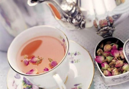 Dried rose buds tea (for Lena) - dried, pic, rose bud, water, roses, wall, buds, tea, table, wallpaper, image, tea pot, cup, photograph, picture, photo