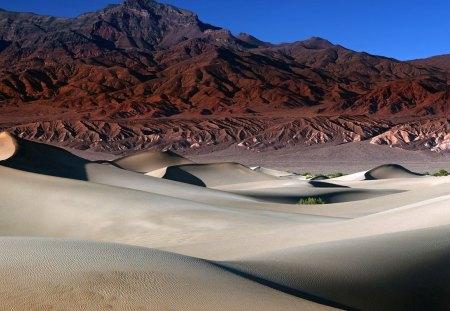 beautiful desert mountain scape - Deserts & Nature