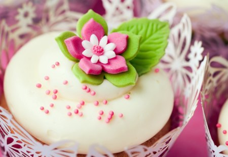 Sweet cupcake - cupcake, decoration, sweet, flavour