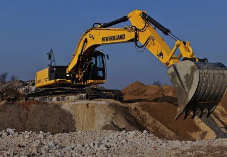 NH E305C Excavator - nh, e305c, yellow, power, digging, dig, bucket, farm, photography, big, steele, teeth, earth mover, heavy equipment, machine, black, arm, construction, boom, excavator, new holland, heavy, dirt, landscaping, photoshop, tracks
