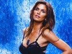 Cindy Crawford - mature