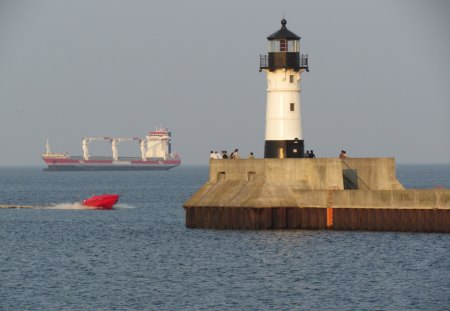 Lighthouse at Duluth,Minnesota - breakwall, water, boat, ship, lighthouse, harbor
