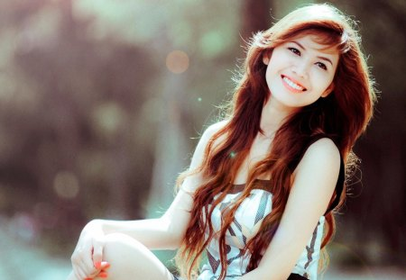Cute Girl With A Cute Smile - linh giang, hd, lovely, model, beautiful, latest, angle, cute, fair, people, bright, 1080p, long hair, gorgeous