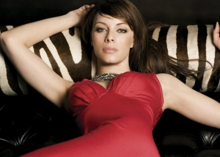 Beautiful woman - melinda clarke, stare, dress, red dress, woman, lips, actress, body, face, beautiful woman, lady, eyes