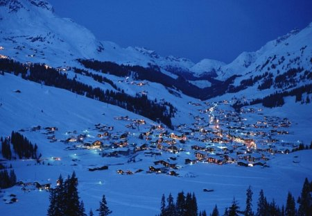 Snowy Mountain Village Mountains Nature Background Wallpapers On