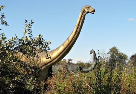 Apatosaurus (Animatronic) - forest, dinosaur, display, nature
