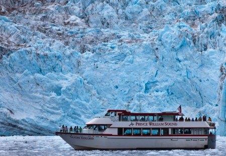 Prince William Sound Glacier Cruise Ship In Alaska Cruise Ships Boats Background Wallpapers On Desktop Nexus Image 1128169
