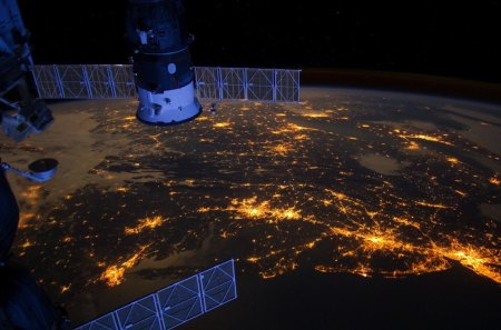 Eastern Seaboard at Night - planets, night, satellites, earth, nasa, space