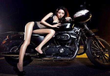 Sexy babe and Harley-Davidson - motorbike, hot babe, dalissa, hot female, underwear, babe, harley davidson, sexy babe, bike, lingerie
