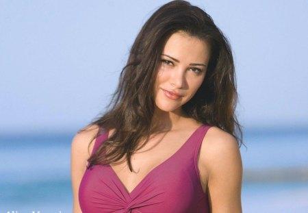 Client To Beautiful Romanian Women 66