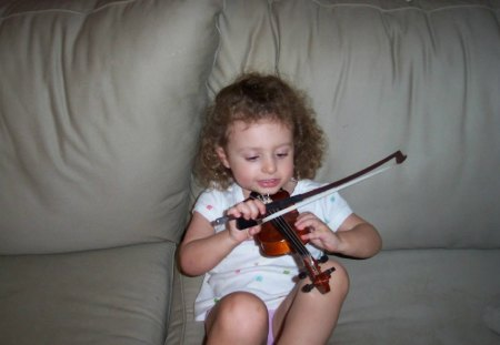 A Musician in The Making - photos, violins, music, practice