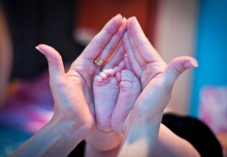 Tiny feet, Great LOVE♥ - new life, blessing, present, lovely, gift, mother, baby, sweet, tiny, feet, people, love, forever, great