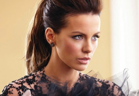 Kate Beckinsale - beckinsale, kate, glamour, beautiful, eyes, lips, woman, sweet