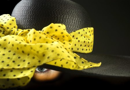Fashion hat - look, fashion, nice, eye, yellow, beautiful, lovely, model, woman, girl, pretty, hat, lady, black