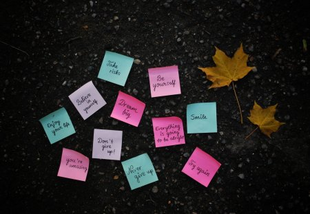 Post it Note - text, post it, note, smile, wallpaper