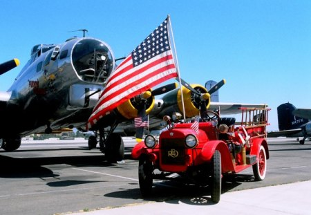 Vintage Patriotism - world, 1923, reo, boeing, old, american, speedwagon, wwii, car, classic, bomber, vintage, war, b-17, ww2, fuddy, patriotic, 23, flag, fire, antique, airplane, duddy, plane, flying, fortress, truck, b17