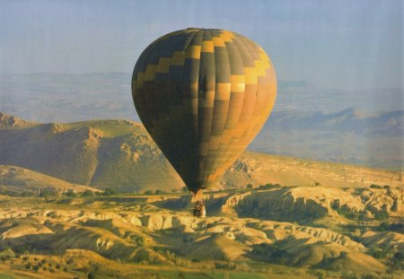 Hor Air Balloon - air, balloon, mountian, sky
