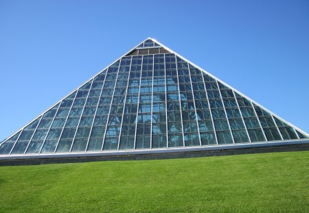 The pyramid of Edmonton Alberta - grass, blue, sky, pyramid, glass, green, Monuments, Photography
