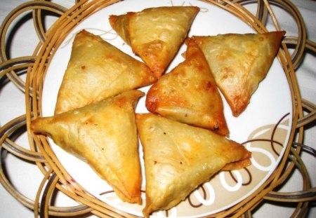 SOMOSAY - india, food, fast, pakistan