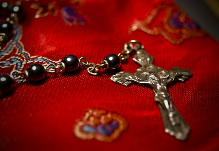 ●♥Faith♥● - rosary, faith, cross, black, red, pearls