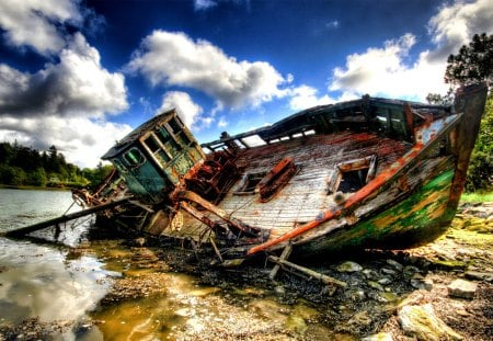 SHIP WRECK - abandoned, river, hdr, ship, wreck