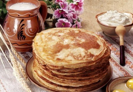 Delicios pancakes♥ - flowers, delicious, pancakes, breackfast, nature