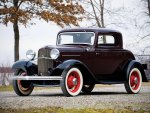 1932 Ford Model 18 Deluxe 3 Window