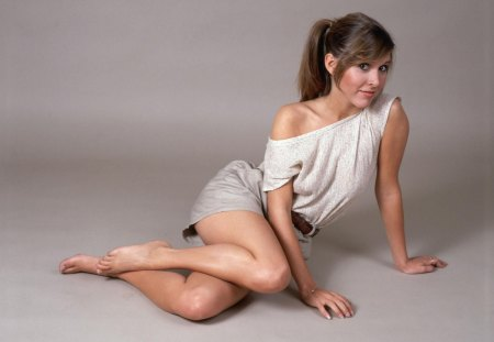Carrie Fisher - legs, sexy, leia, star wars