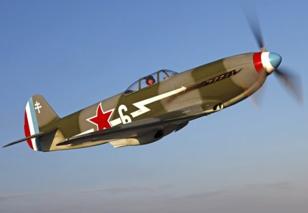 Yakovlev Yak 3 . - planes of fame, yak 3, russia, fighter, yakovlev, free french, normandie niemen, soviet union