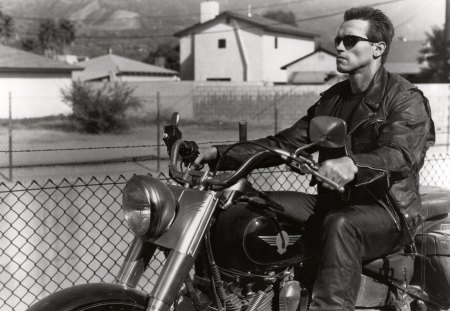 Terminator - arnold schwarzenegger, cool, terminator, movie, black, arnold, bike, white