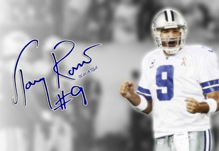 Tony Romo Dallas Cowboy qb - Football