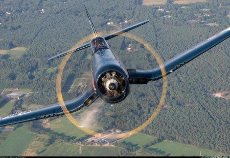 F4U CORSAIR - Military & Aircraft
