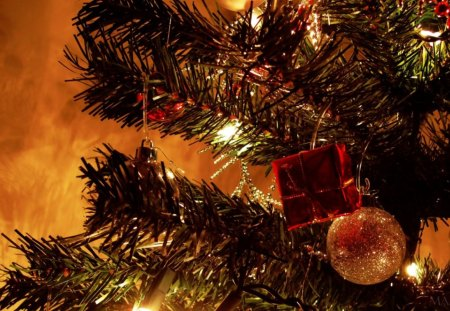 Christmas Eve - christmas night, christmas season, christmas town, christmas tree, christmas eve, christmas scene, christmas house, christmas village