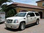 Cadillac Escalade ESV Luxury SUV