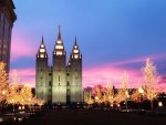 Mormon Temple at Christmas