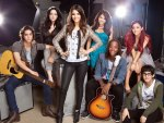 The whole cast from: Victorious