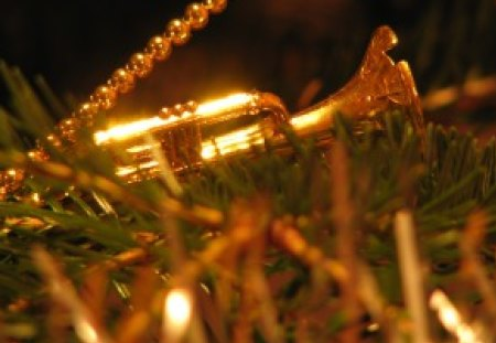 Christmas Trumpet Images.Christmas Trumpet Photography Abstract Background