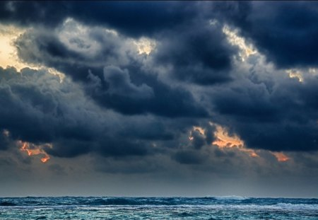 Gloomy Sea Storm Sky Nature Background Wallpapers On