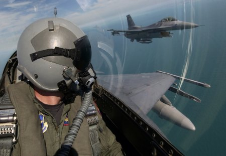 F-16 Fighting Falcon pilot - f16, falcon, fighting, pilot