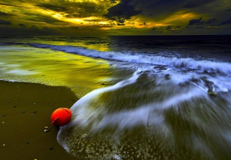 BEAUTIFUL NIGHT - clouds, night, waves, sea, beach