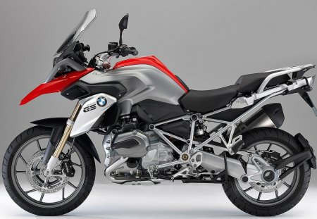 BMW R1200GS - r1200, gs, red, bmw