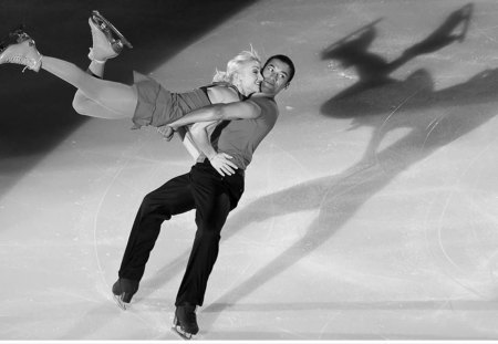 Grace On Ice Ice Skating Sports Background Wallpapers On Desktop Nexus Image 1302358